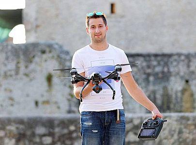 Vabljeno predavanje: Droni in primeri uporabe – Sašo Meško